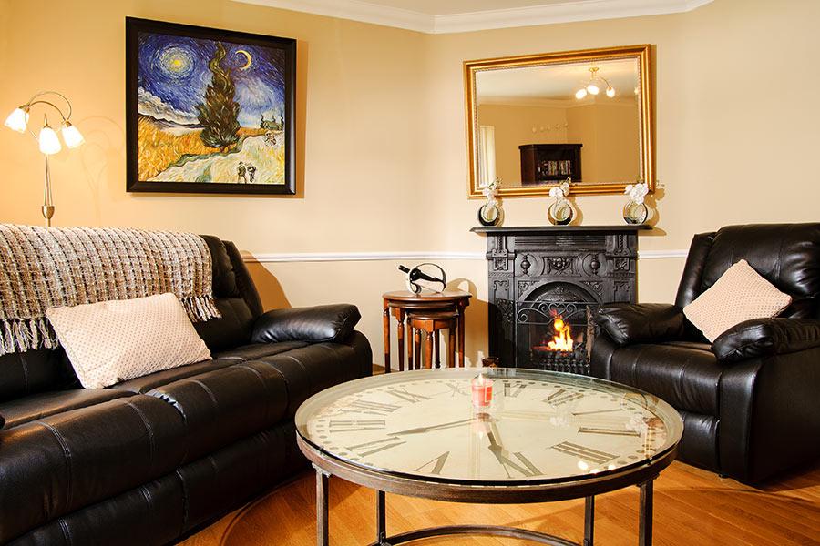 Sika Lodge living room